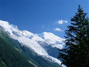冬雪—给蓝天镶上一道银边