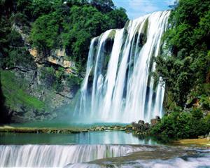 自然 黄果树瀑布 倾泻而下
