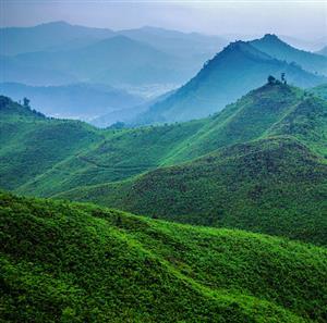 推荐阅读:描绘祖国的大好江山的诗