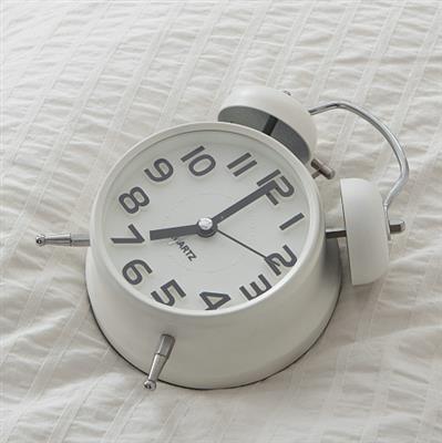 精彩故事:一只闹钟